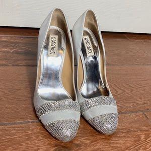 Badgley Mischka heels silver 8,5M euc womens